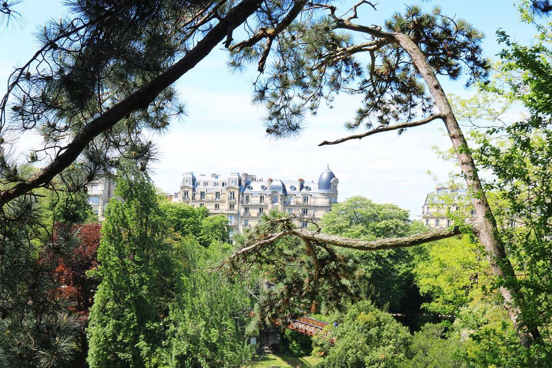 Buttes Chaumont Lake VIew